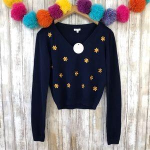 En Creme NWT Floral V-Neck Sweater
